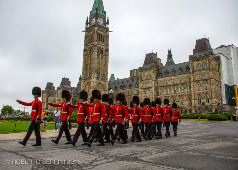 ottawa parliament changing guard (10 of 21)