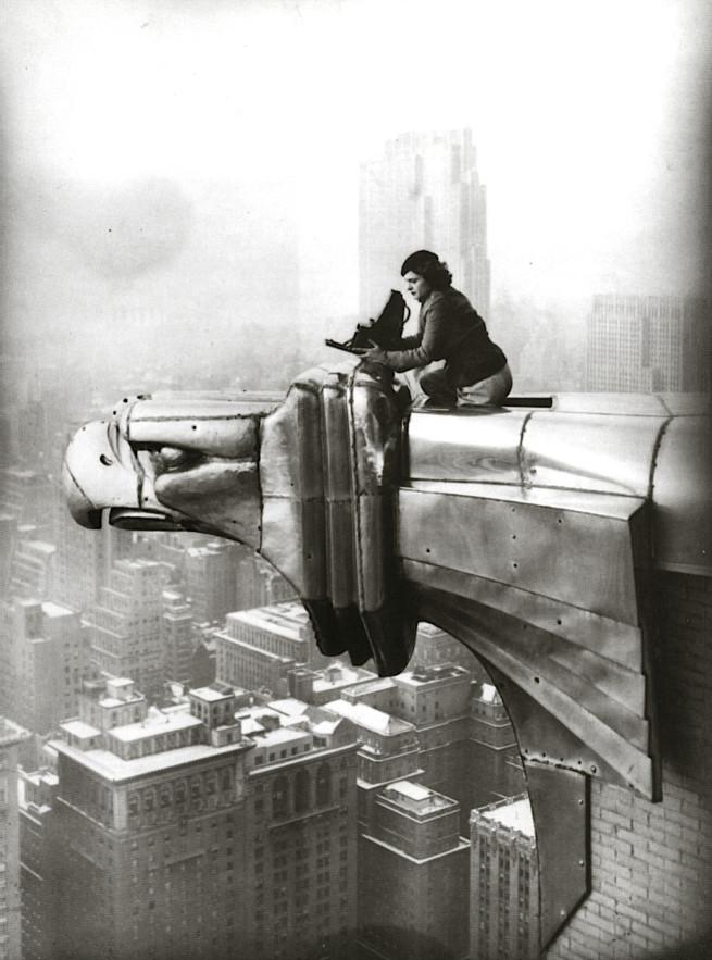 margaret-bourke-white-atop-chrysler-building-gargoyle-1934-2